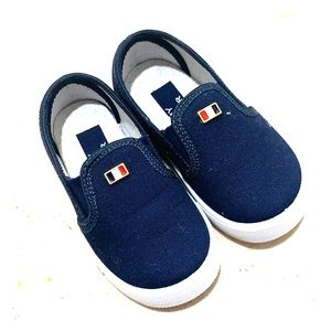 Selling beautiful brand new Tommy Hilfiger shoes